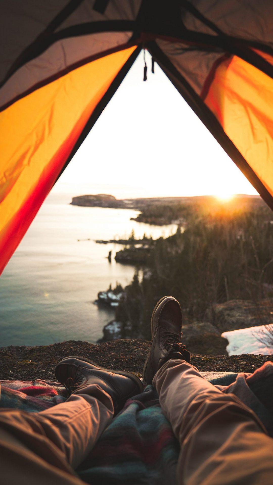 vue d'une tente en plein voyage